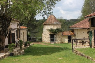 5 bed Equestrian Facility property in Aquitaine, Dordogne...