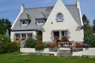 Detached property in Brittany, Finistère...