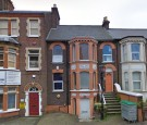 Flat in Cardiff Road, Luton, LU1