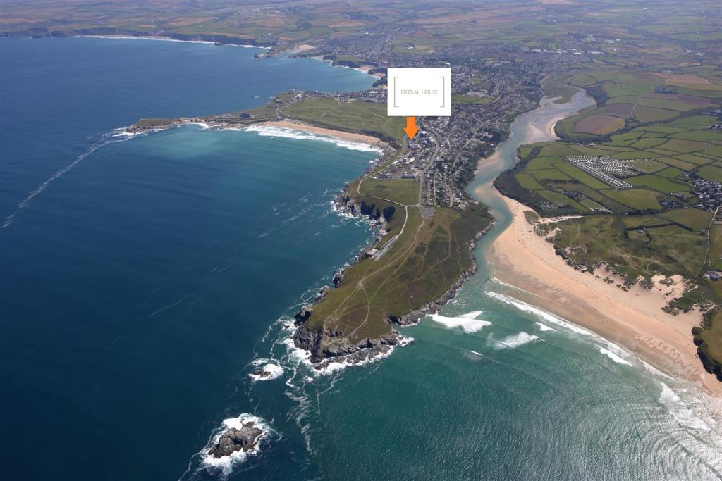 Fistral Aerial1.jpg
