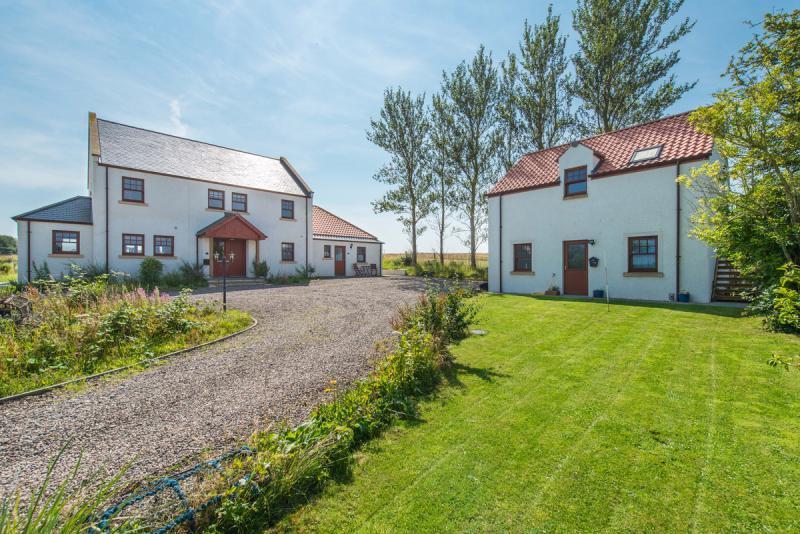 1 Barnslaw Cottages