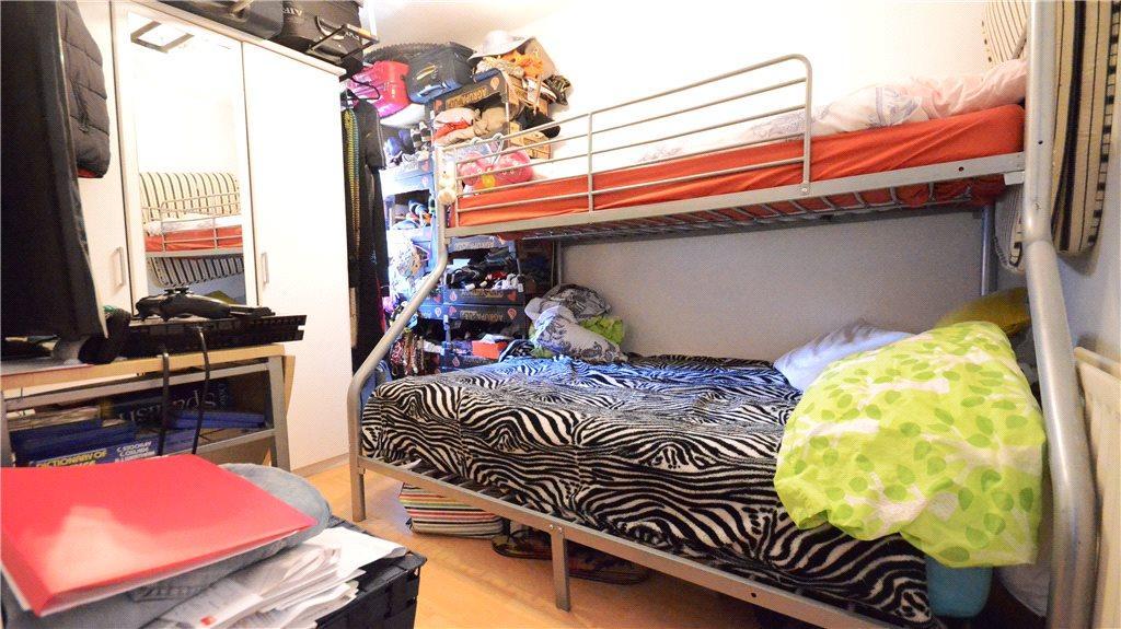 Studio 2 Bedroom