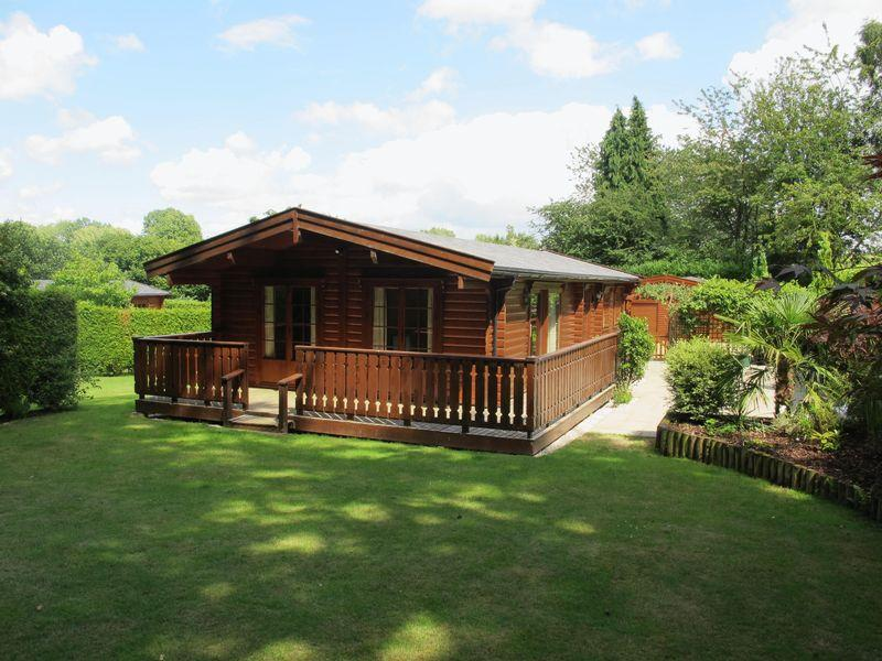 2 bedroom log cabin for sale in rad lane abinger hammer rh5 for 2 bedroom log cabins for sale