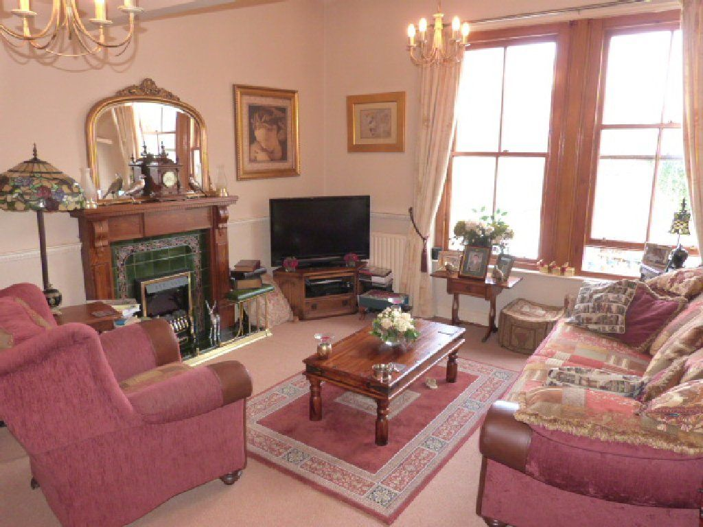 bedroom house for sale in kings lodge 22 market place bishop