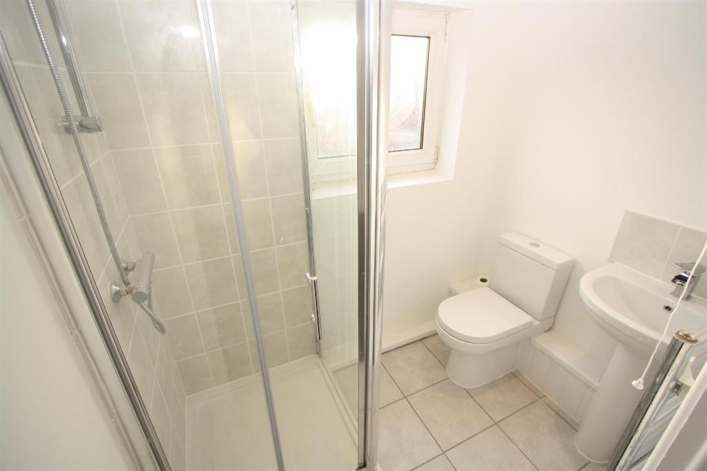 En-suite Shower W/C