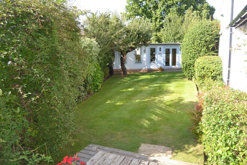 Garden Home Office