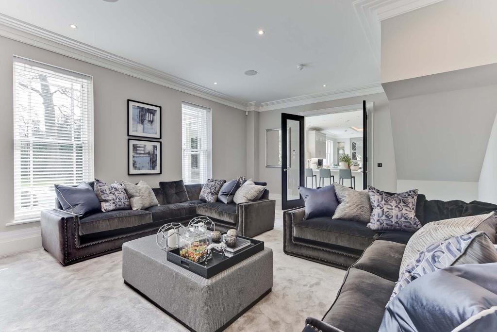 Park Lane Developments,Lounge