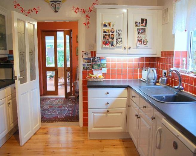 Terracotta design ideas photos inspiration rightmove for Kitchen ideas rightmove