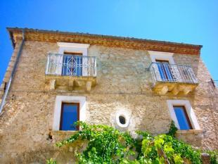 Detached house in Abruzzo, L Aquila...