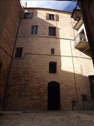 4 bed property in Le Marche, Ascoli Piceno...