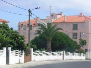 2 bedroom Flat for sale in Leiria...