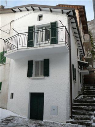 2 bed house in Le Marche...