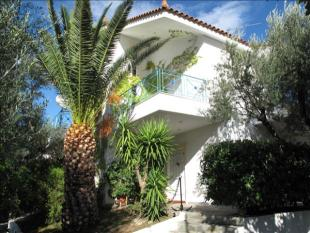 5 bed house for sale in Peloponnese, Korinthia...