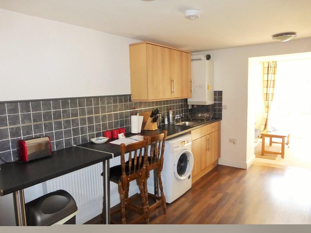 Cottage 6 - Living Room/Kitchen