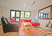 3 bedroom Apartment in Ericcson Close, Putney...