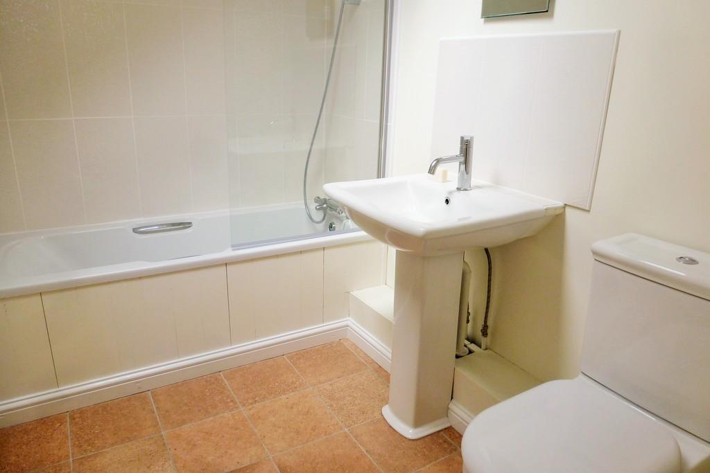 Re-Fitted Bathroo...