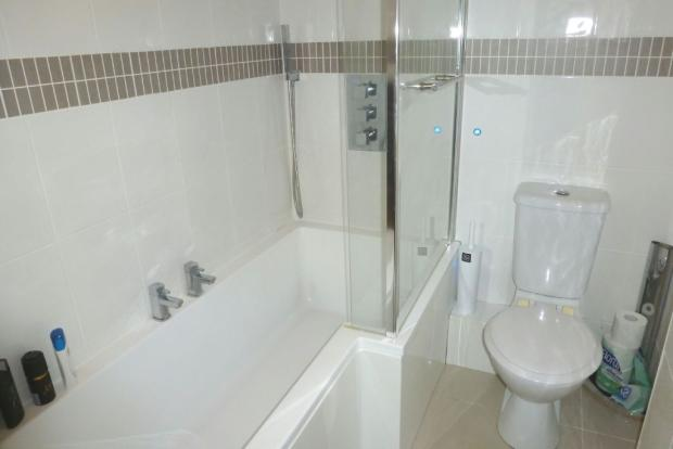 Bathroom photo 1