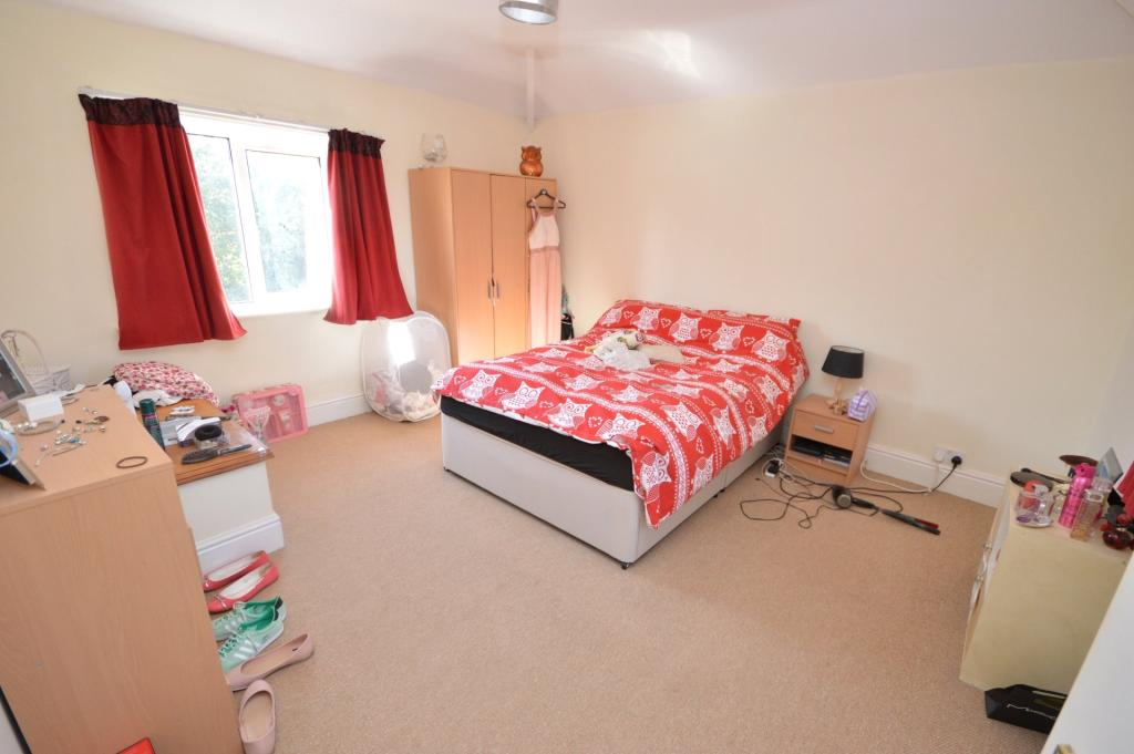 Lodge (Bedroom 2)