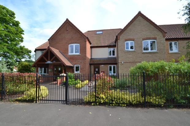 2 Bedroom Apartment For Sale In Holt Norfolk Nr25