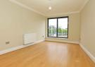 Flat to rent in Como Street, Romford, RM7