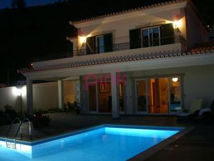 house for sale in Arco da Calheta...