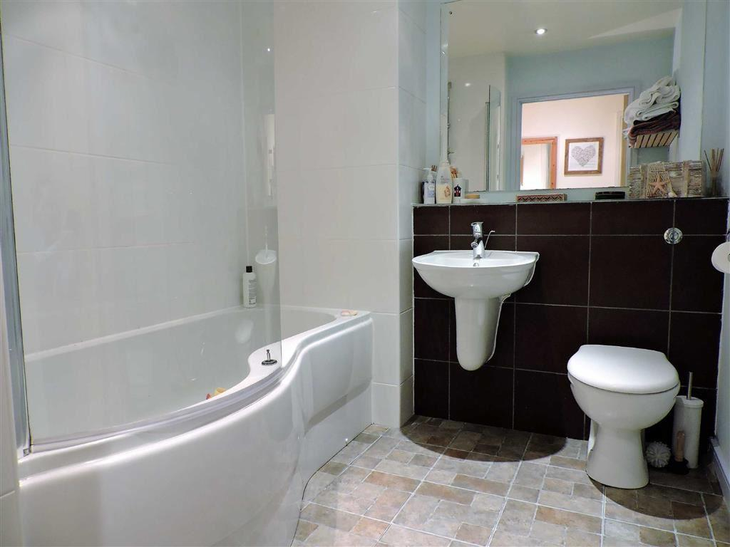 2 bedroom flat for sale in 874 wilmslow road manchester m20