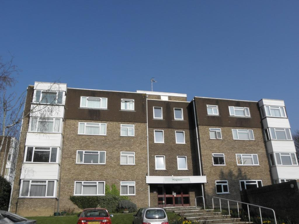 2 Bedroom Flat To Rent In Kingsmere Brighton Bn1