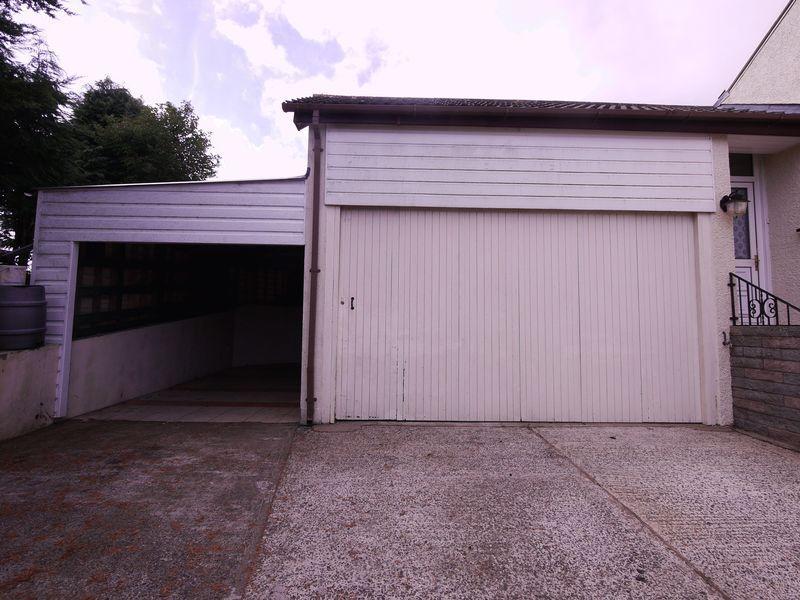Garage & C...