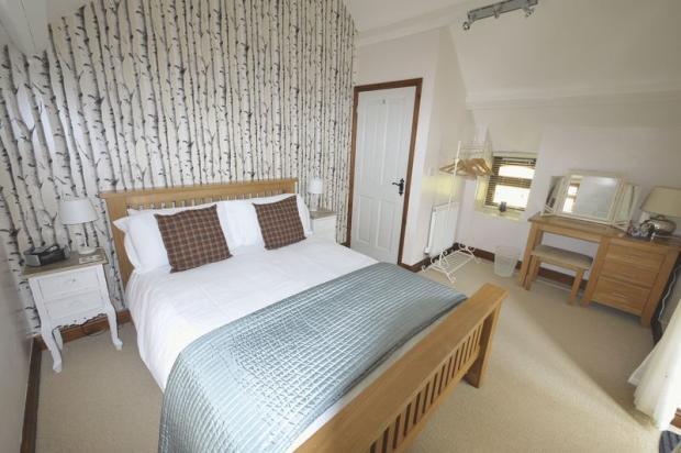 Motte Bedroom