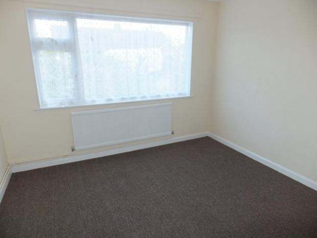 38clairedr-bed1