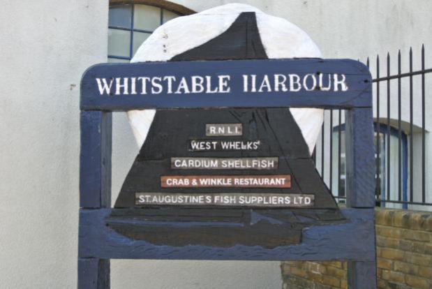 WB-harboursign