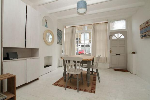 mortimer- dining area a