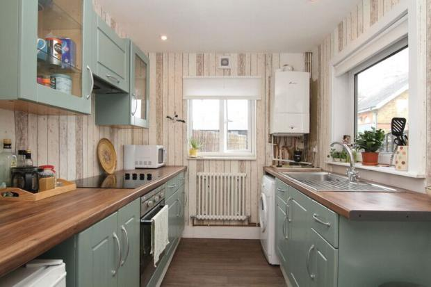 mortimer- kitchen b