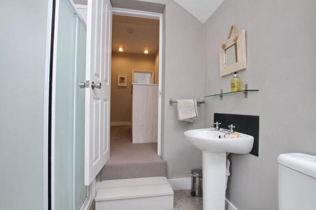 mortimer- bathroom c