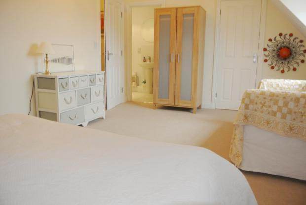 Slipway-masterbedroom2