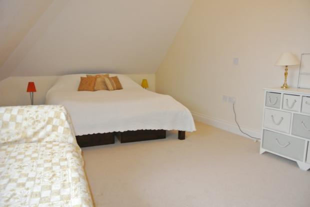 Slipway-masterbedroom1