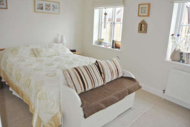 Slipway-bedroom2a