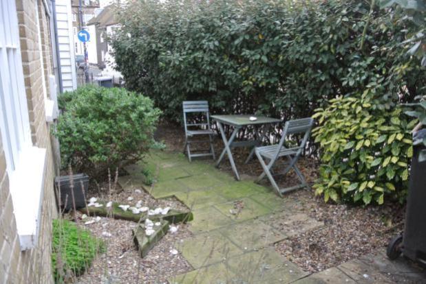 Slipway-courtyard