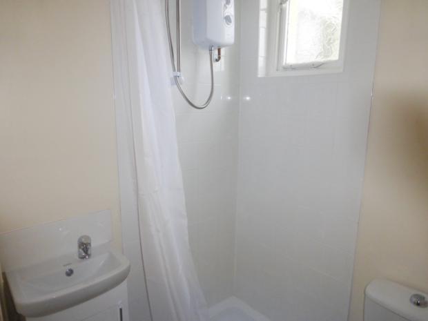 Station Road Shower Room (2)