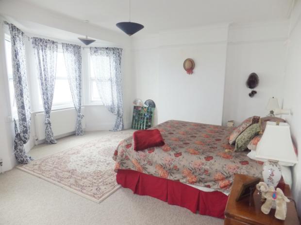 St Georges Terrace - Bedroom 1 (2)