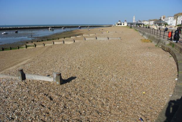 HB-Seafront7