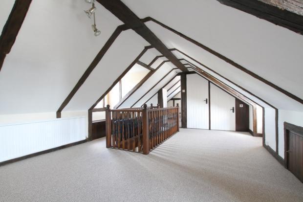 Gorse Lane First floor master bedroom (b)
