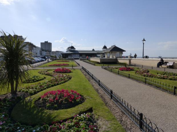 HB-seafront gardens 3