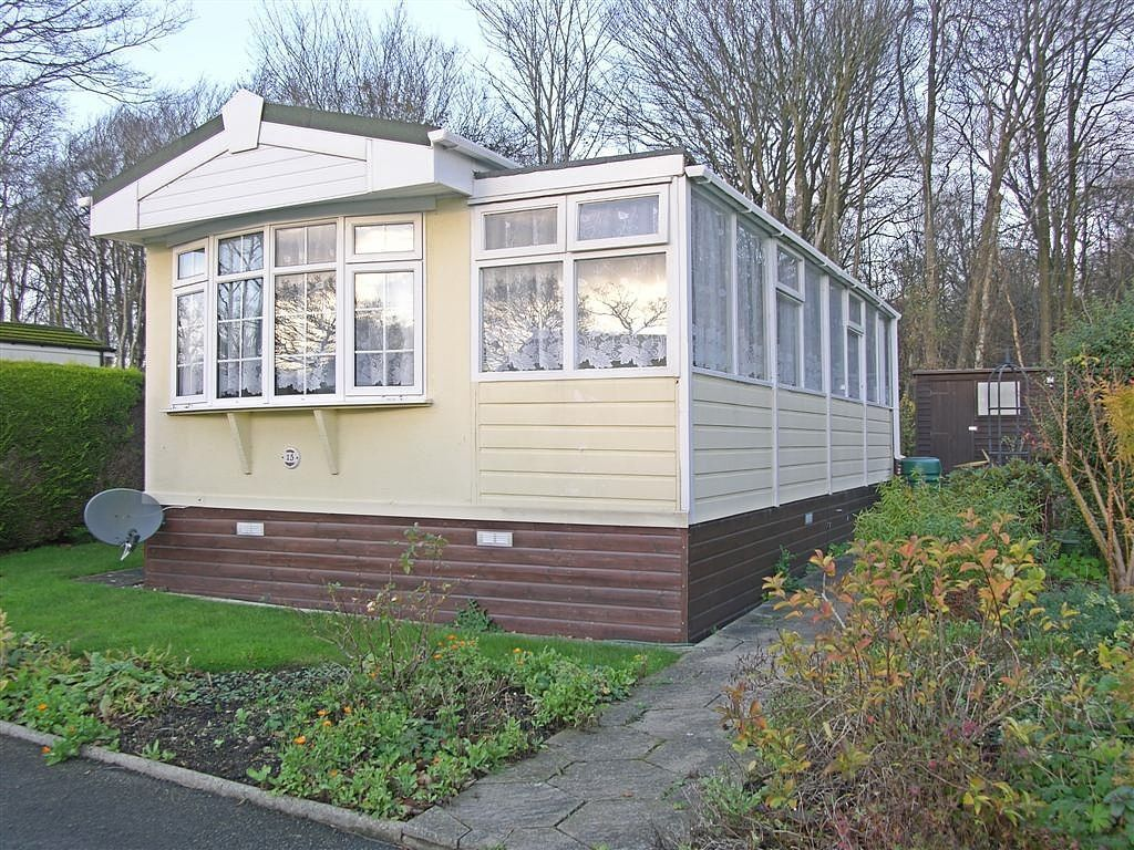 2 Bedroom Mobile Home For Sale In Golden Cross East Sussex Bn27