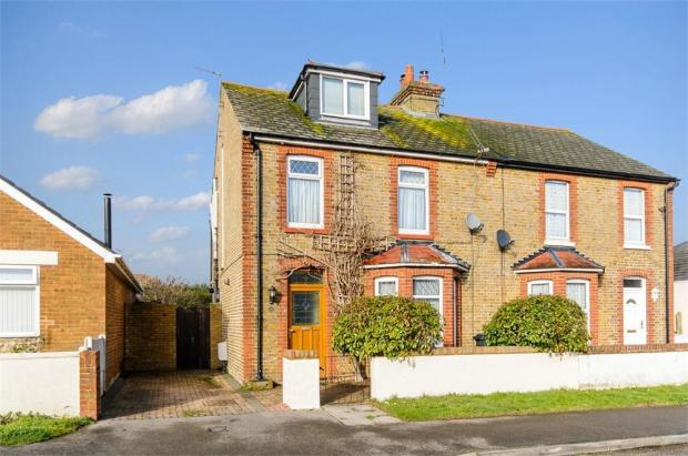 4 bedroom semi detached house for sale in princes avenue ramsgate ct12