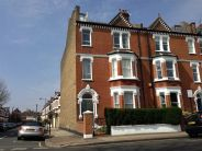 End of Terrace property for sale in Clapham Common West Side...