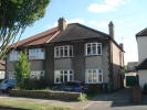 2 bedroom Ground Maisonette in Old Farm Avenue, Sidcup...