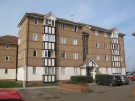 2 bedroom Flat in Chandlers Drive, Erith...