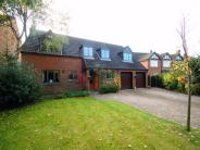 5 bedroom Detached house in Main Street, Carlton...