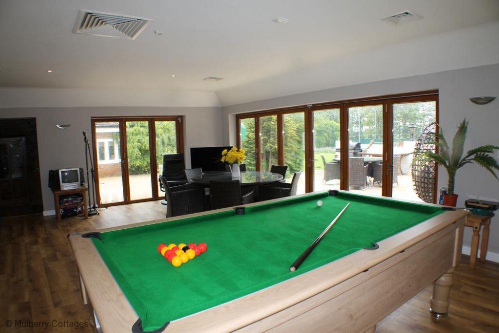Snooker Room.jpg